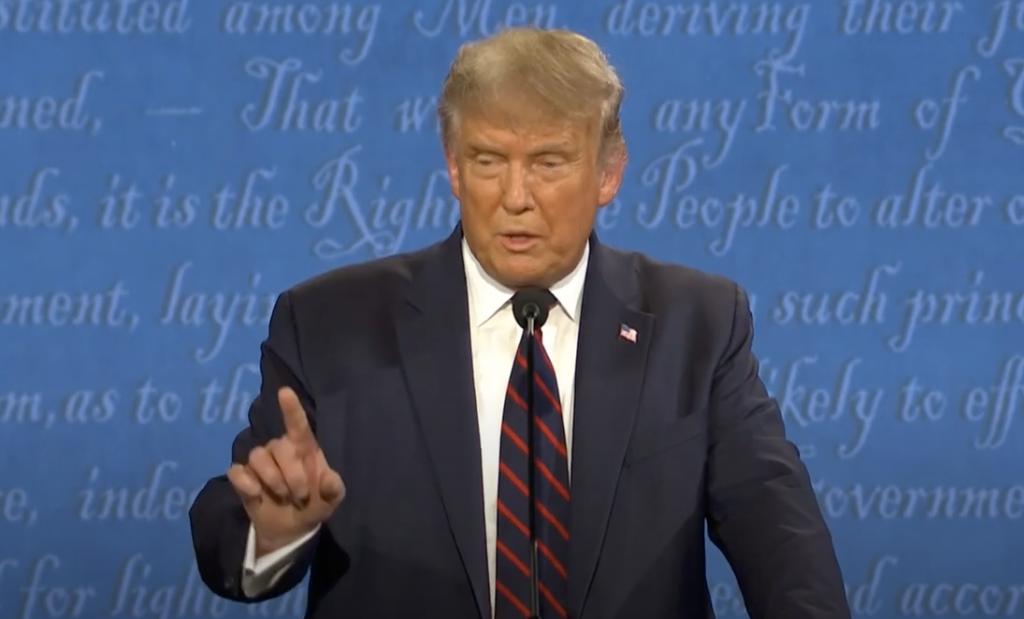 President Trump med pekfingret i högsta hugg.